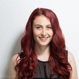Sandra Staub, Social Media Marketing-Profi, spricht über die sozialen Medien: Sind soziale Netzwerke ein Muss im Business und wenn ja, wie gehst du es richtig an?
