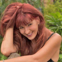 Sabine Super ist SEO- und Marketing-Profi. Ihre Themen: Authentizität im Business